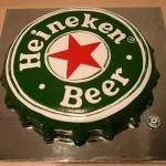 Bolo formato da tampa de Heineken(Foto:Divulgação)