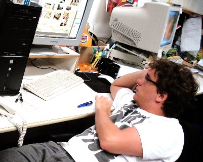 Sentir-se desmotivado no trabalho é um sinal de que o seu corpo precisa de férias. (Foto: Divulgação)