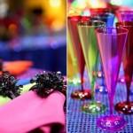 Copos coloridos para preparar os drinks