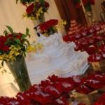O vermelho ajuda a reforçar o clima romântico