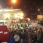 Sobreviventes do naufrágio do Costa Concórdia, acidente que deixou 3 mortos e mais de 50 feridos