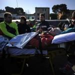 Os feridos foram encaminhados a um hospital italiano para receber os cuidados médicos
