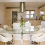 A cozinha conjugada à sala é um perfeito espaço de convívio.