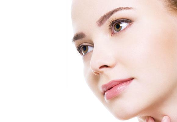 Saiba como cuidar da sua pele para evitar manchas pelo seu corpo