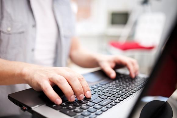 O curso de inclusão digital é uma boa opção para adquirir conhecimentos básicos de informática. (Foto Ilustrativa)