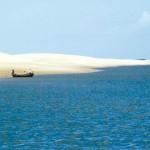 Águas azuis dos Lençóis Maranhenses (Foto:Divulgação)