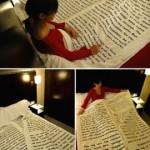 Diversão e boa leitura no edredon