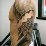 Tatuagem preta no braço (Foto:Divulgação)