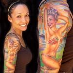 Desenho de mulher no braço (Foto:Divulgação)
