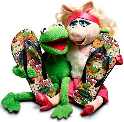 As Havaianas dos Muppets são apaixonantes e servem para toda a família. (Foto: Divulgação)