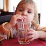 Como controlar as crianças no restaurante