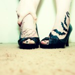 Tatuagem de morcegos nos pés (Foto:Divulgação)