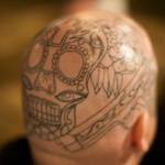 Tatuagem com face robótica  (Foto:Divulgação)