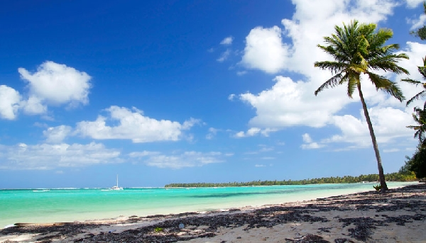 O sol brilha praticamente o ano inteiro em Punta Cana (Foto: CVC)