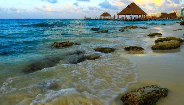 O entardecer em Punta Cana colore o céus com muitos tons (Foto: CVC)