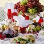As frutas enriquecem a decoração.