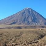 Volcan Licancabur, deserto do Atacama (Foto:Divulgaçao)