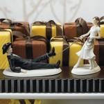 Bolo de Casamento com a noiva laçando o noivo (Foto: Divulgação)