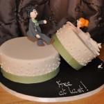 Bolo de Casamento com a noiva caindo do bolo(Foto: Divulgação)
