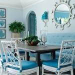 Sala de jantar azul com iluminação natural (Foto: Divulgação)
