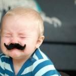 Bebê de bigode
