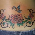 Tatuagem no Cóccix - Flores e Borboleta