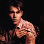 Homenagem à sua mãe foi uma das primeiras tatuagens de Deep