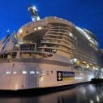Oasis of the Seas - O maior navio do mundo, pertence à Royal Caribbean Internacional.