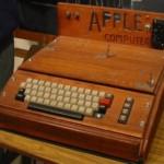 Apple 1, lançado em 1976