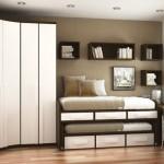 A decoração é uma grande aliada e pode ajudar a dar mais espaço para quartos pequenos.