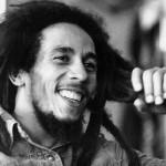 Bob Marley, ícone do reggae, foi vítima de câncer que atingiu vários órgãos. Faleceu aos 36 anos de idade