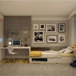 Um quarto masculino agradável e sóbrio.
