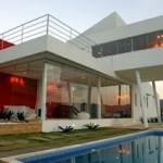 Planejar é o segredo para deixar a fachada da casa mais moderna e atraente.