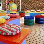 Pneus coloridos deixaram o ambiente lúdico e divertido.