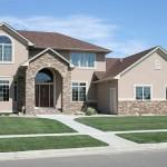 As fachadas das casas rústicas se caracterizam por necessitar de pouca manutenção.