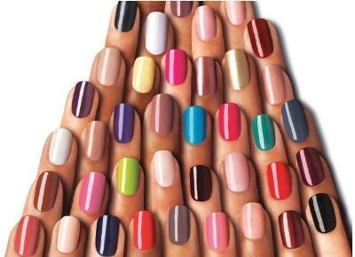 Há inúmeras cores de esmaltas, mas você ainda pode criar a sua. (Foto: Divulgação)