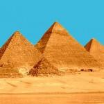 Até hoje não se tem certeza do que as Pirâmides escondem dentro delas.