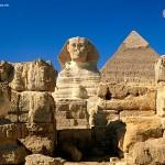 Esfinge, Pirâmide do Egito aberta a visitações públicas.