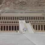 Vale dos Reis, Vale das Rainhas e os Colossos de Memnon onde estão as tumbas de Ramsés IV, Ramsés I e Ramsés IX.