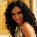 Cláudia Ohanna ama a versatilidade e beleza dos cabelos crespos