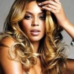 Beyonce com cachos comportados perfeitos