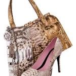 A combinação de estampa na bolsa e no sapato é perfeita, e pode ser usada em qualquer ocasião informal.