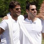 Ricky Martin e Carlos Gonzalez (Foto: divulgação)