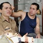 O sargento do Exército Laci Marinho de Araújo (à esq.) e seu companheiro, Fernando Alcântara de Figueiredo. (Foto: divulgação)