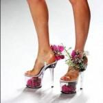 Um pouco exagerado, mas ideal para mulheres românticas que gostam de ser diferentes. (Foto: divulgação)