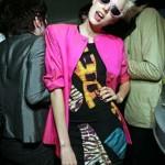 Estampas de animais e cores vivas na moda anos 80. (Foto: divulgação)