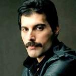 Freddie Mercury foi o vocalista da banda de rock britânica Queen, morreu aos 45 anos de idade. (Foto: divulgação)