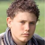 Robert Knox morreu esfaqueado ao defender seu irmão mais novo aos 18 anos. (Foto: divulgação)