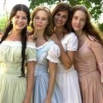 """Na minissérie """"A Casa das Sete Mulheres"""" a atriz voltou a ter os cabelos compridos e loiros, como usava na novela """"Uga Uga"""". (Foto: divulgação)"""