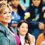 Susana veste um estilo mais esportivo, combinado com jeans. (Foto: divulgação)